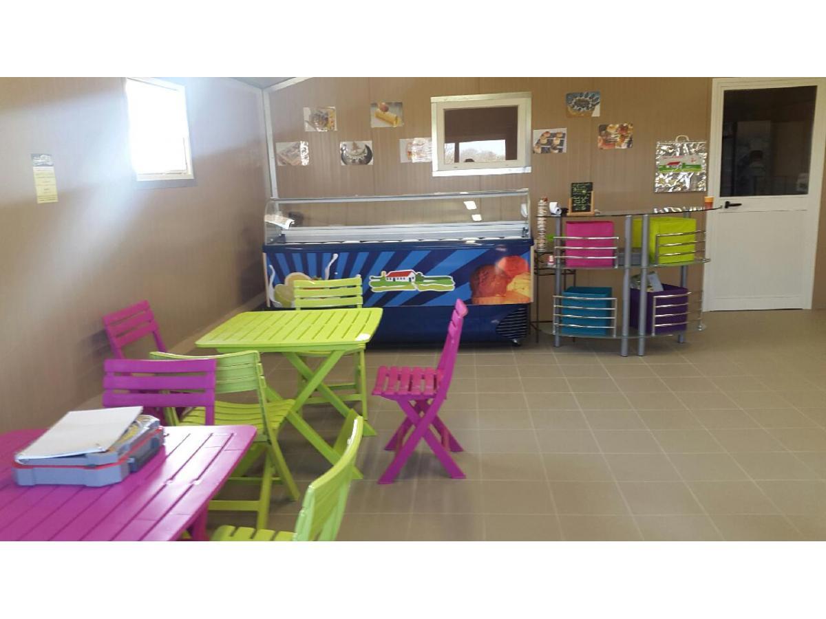 Boutique de la Ferme de l'Auberdière à Montaillé (Sarthe) : Fabrication et vente de glace à la ferme