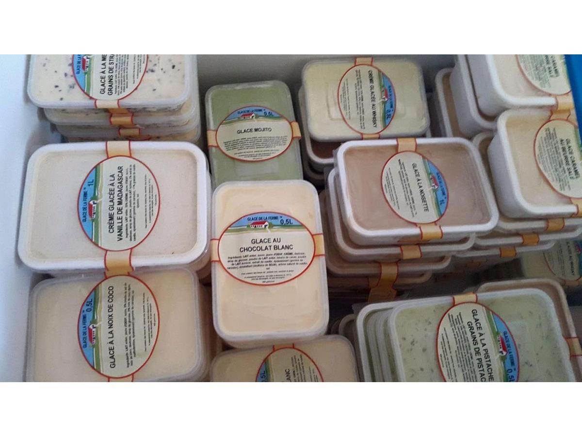 Crèmes glacées fabriquées à la ferme de l'Auberdière à Montaillé (Sarthe)